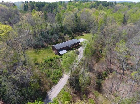 Residential, Ranch - Floyd, VA (photo 4)