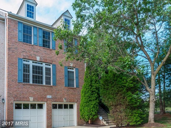Townhouse, Traditional - SILVER SPRING, MD (photo 1)