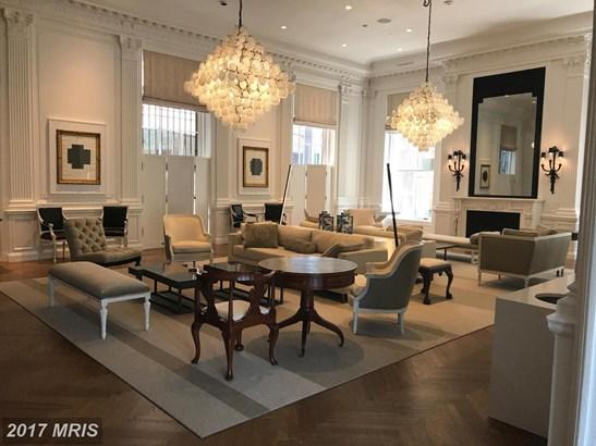 Mid-Rise 5-8 Floors, Traditional - WASHINGTON, DC (photo 4)