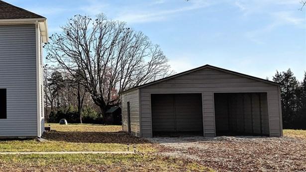 Residential/Vacation, 2 Story - Chase City, VA (photo 4)