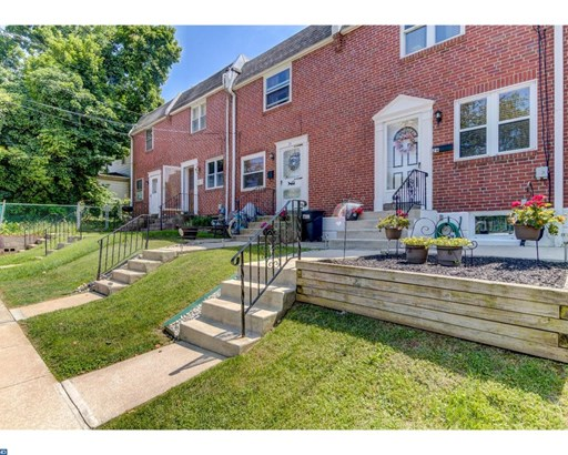Row/Townhouse, Colonial - CLIFTON HEIGHTS, PA (photo 1)