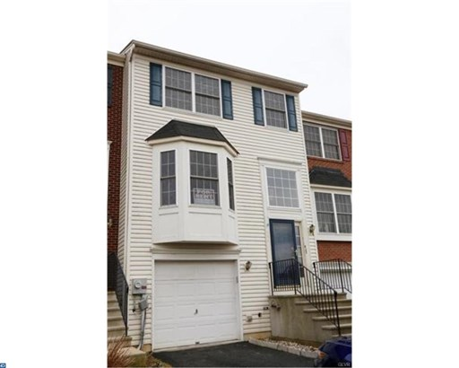 Colonial, Row/Townhouse/Cluster - FREEMANSBURG, PA (photo 1)
