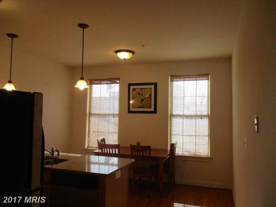 Townhouse, Contemporary - BALTIMORE, MD (photo 3)