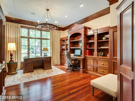 Colonial, Detached - MCLEAN, VA (photo 4)