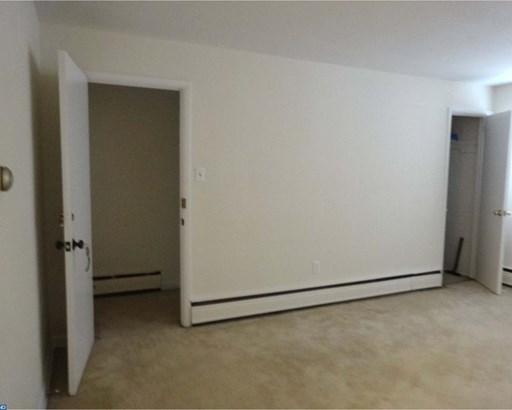 Unit/Flat, Duplex - ORELAND, PA (photo 5)