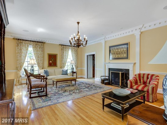 Colonial, Detached - MCLEAN, VA (photo 5)