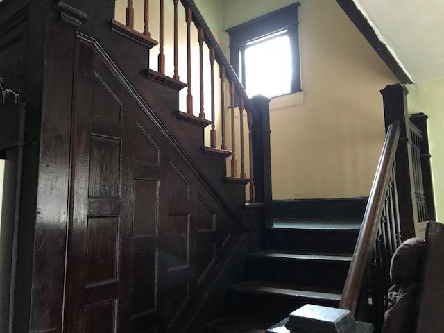 Apartments, Multi-Family - Roanoke, VA (photo 2)
