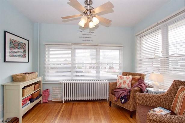 2 Story, Single Family - Margate, NJ (photo 3)