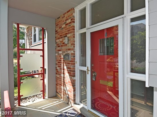 Split Foyer, Detached - ARLINGTON, VA (photo 2)