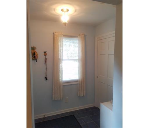 Residential, Colonial - 1205 - Edison, NJ (photo 3)