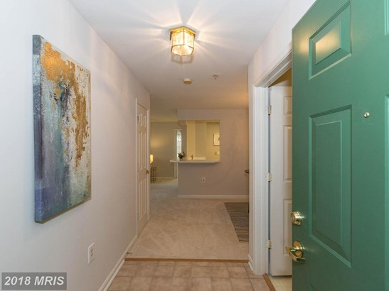 Contemporary, Multi-Family - GERMANTOWN, MD (photo 3)