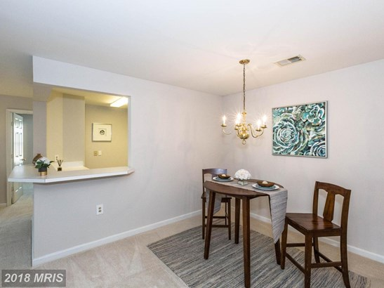 Contemporary, Multi-Family - GERMANTOWN, MD (photo 4)