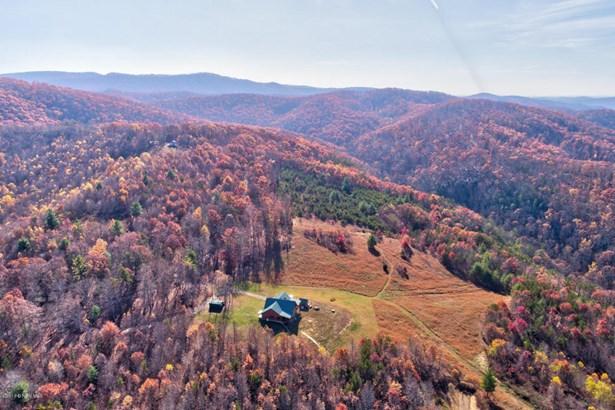 Log, Detached - Hiwassee, VA (photo 3)