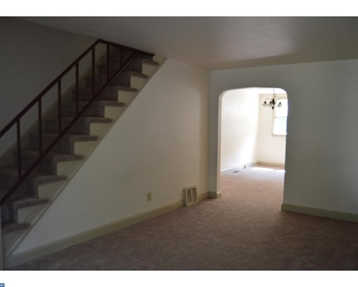 Colonial, Row/Townhouse/Cluster - UPPER DARBY, PA (photo 2)