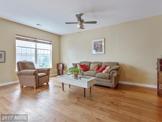 Transitional, Townhouse - WOODBRIDGE, VA (photo 5)