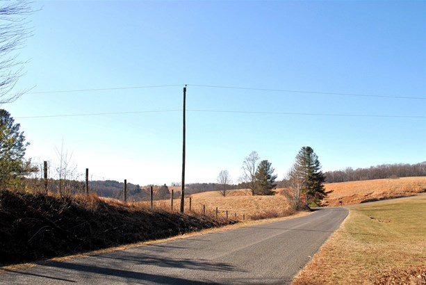 Land - Dugspur, VA (photo 2)