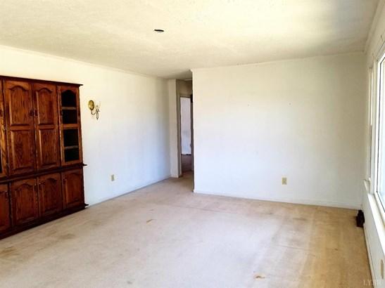 Single Family Residence, Ranch - Altavista, VA (photo 5)