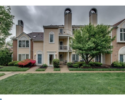 Row/Townhouse, Colonial - LEVITTOWN, PA (photo 2)