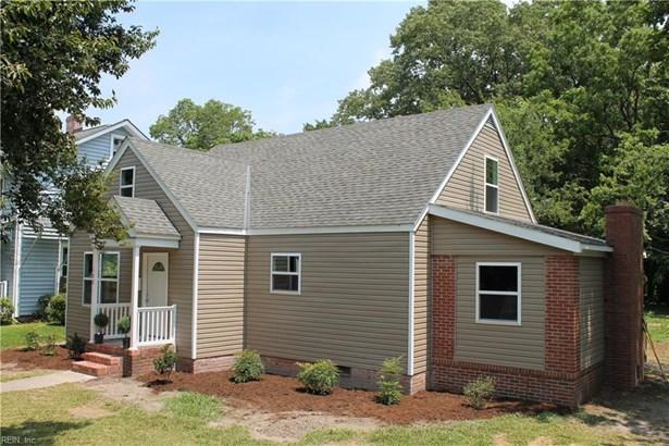 Transitional, Single Family - Hampton, VA (photo 2)