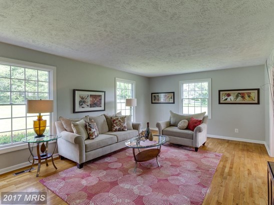 Colonial, Detached - OAKTON, VA (photo 5)