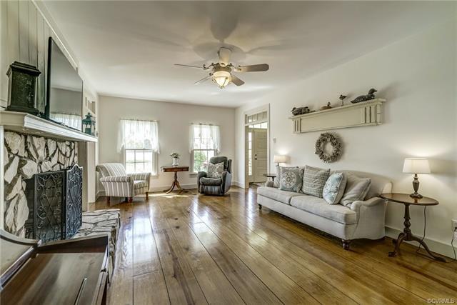 2-Story, Colonial, Farm House, Single Family - Mechanicsville, VA (photo 3)