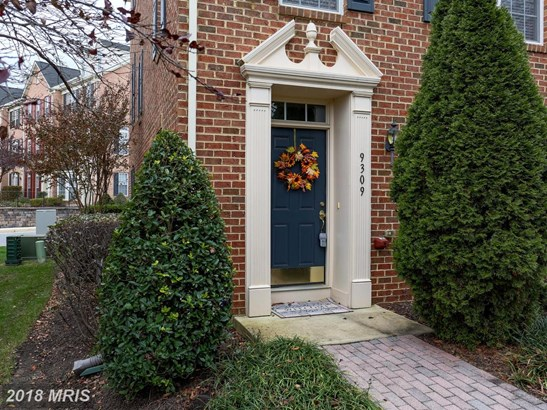 Colonial, Attach/Row Hse - PERRY HALL, MD (photo 2)