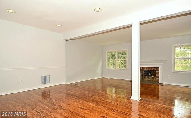 Townhouse, Traditional - NORTH BETHESDA, MD (photo 3)
