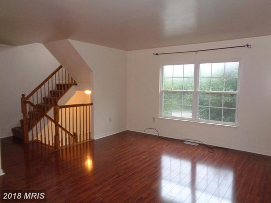 Townhouse, Colonial - PARKVILLE, MD (photo 2)