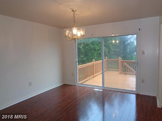 Townhouse, Colonial - PARKVILLE, MD (photo 5)