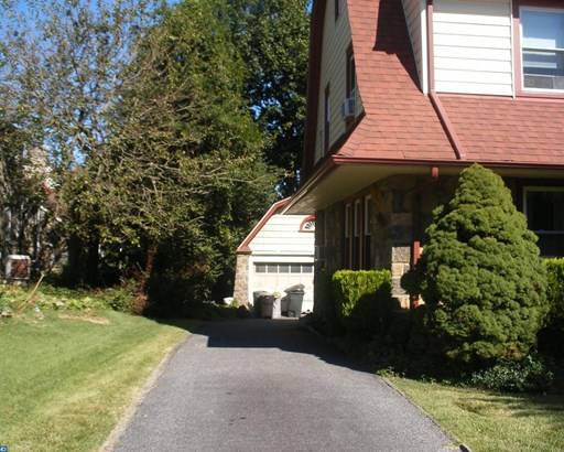 Colonial, Detached - UPPER DARBY, PA (photo 4)