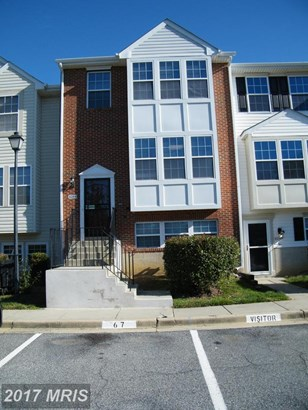 Contemporary, Attach/Row Hse - SUITLAND, MD (photo 1)