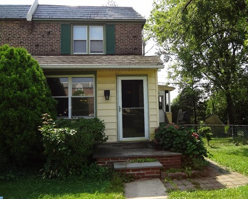 Row/Townhouse, Colonial - GLENOLDEN, PA (photo 4)