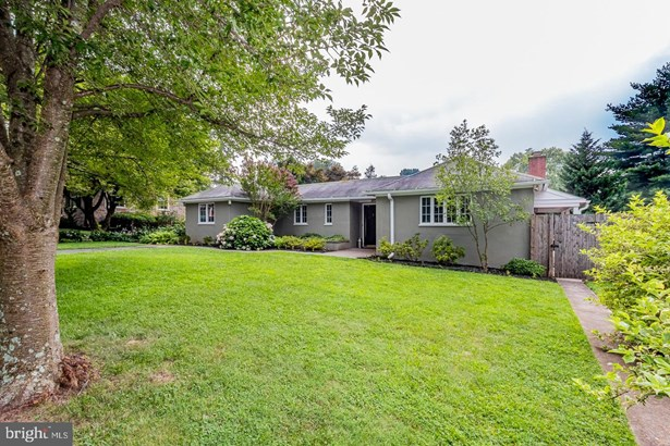 Detached, Single Family - WEST CHESTER, PA