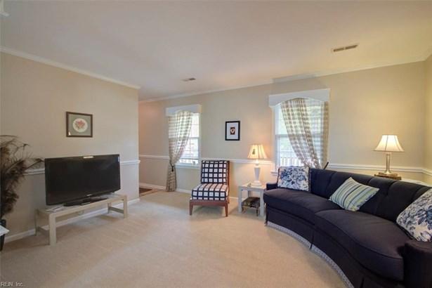 Colonial, Single Family - Hampton, VA (photo 5)