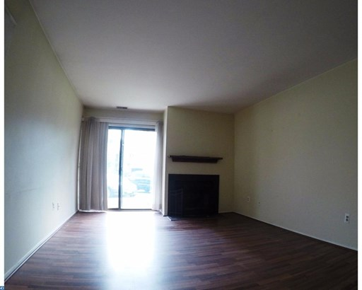 Unit/Flat, Contemporary - MANTUA, NJ (photo 5)