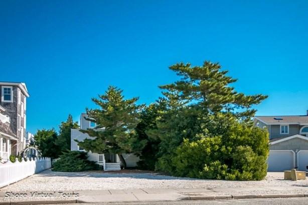 Two Story, Upside Down, Single Family - Avalon, NJ (photo 2)