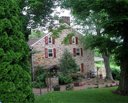 Colonial,Farm House, Detached - CHESTER SPRINGS, PA (photo 2)