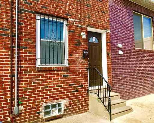 Row/Townhouse, StraightThru - PHILADELPHIA, PA (photo 1)