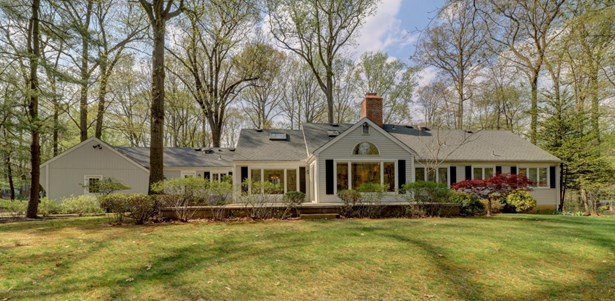 Expanded Ranch, Ranch, Single Family - Middletown, NJ (photo 2)