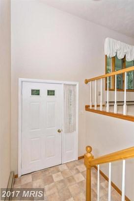 Split Foyer, Detached - THURMONT, MD (photo 3)
