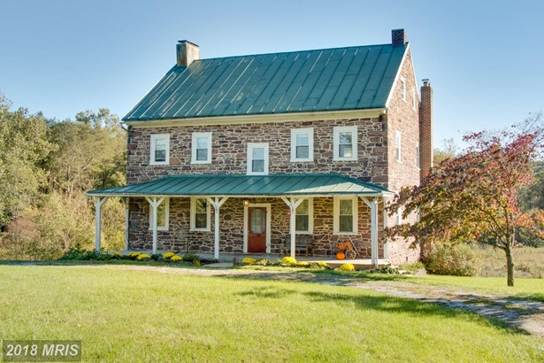 Farm House, Detached - WESTMINSTER, MD