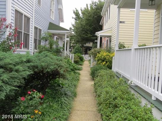 Garden 1-4 Floors, Colonial - EASTON, MD (photo 2)