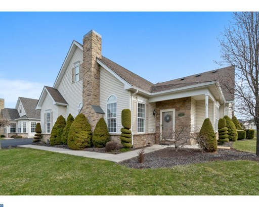 Row/Townhouse, Carriage House - PENNSBURG, PA (photo 1)