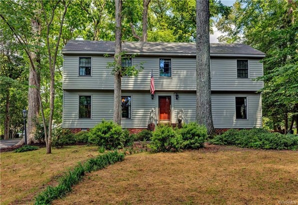 Colonial, Two Story, Salt Box, Single Family - Richmond, VA