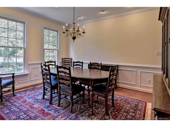Dutch Colonial, Single Family - Williamsburg, VA (photo 5)