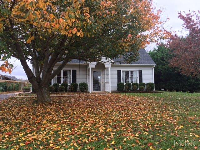 Cape Cod, Single Family Residence - Evington, VA (photo 2)