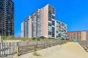 Hi-Rise 9+ Floors, Contemporary - OCEAN CITY, MD (photo 1)
