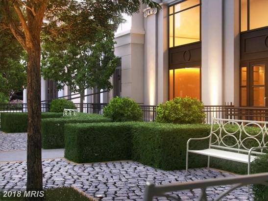 Mid-Rise 5-8 Floors, French Provincial - WASHINGTON, DC (photo 3)