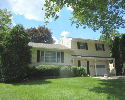 Contemporary, Detached - FAIRLESS HILLS, PA (photo 1)