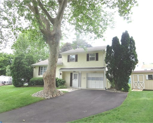 Contemporary, Detached - FAIRLESS HILLS, PA (photo 2)